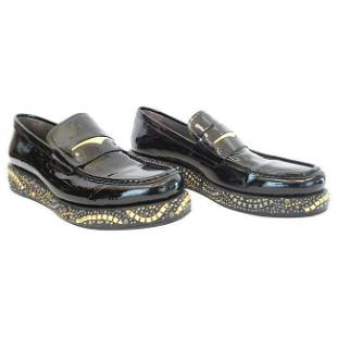 F2013 look #28 NEW VERSACE BLACK PATENT LEATHER LOAFERS