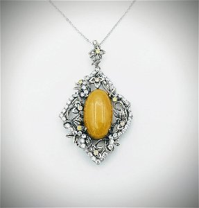 Necklace and Flowering Pendant w Yellow Jade, Yellow