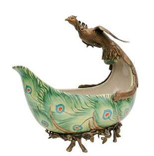 Porcelain centerpiece with bronze peacock - green