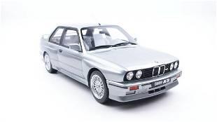 Otto Mobile BMW M3 E30 1987 Salmon Zilver 1:12