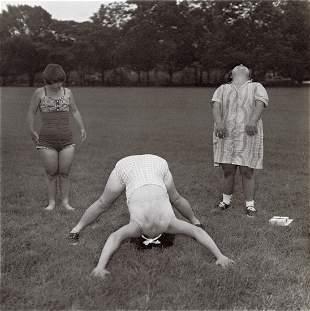 DIANE ARBUS - Untitled (6), 1970-71