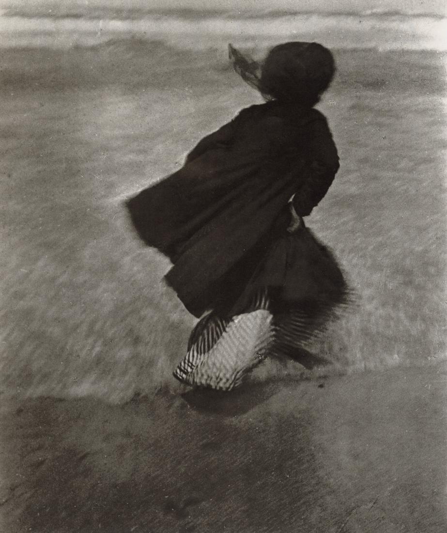 JACQUES HENRI LARTIGUE - Guitty, Biarritz, 1905