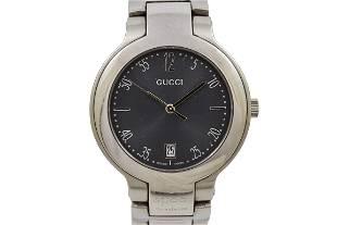 Vintage Gucci 8900M Quartz Stainless Steel Gents