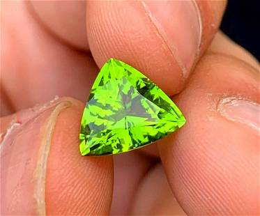 Trillion Cut Peridot Loose Gemstone From Mansehra