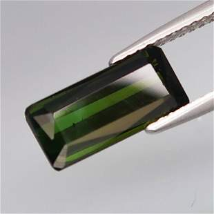 natural green tourmaline-2,67 ct 1,2