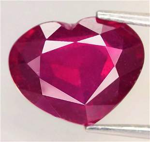 3,03 cts Natural Heart Cut Blood Red Ruby