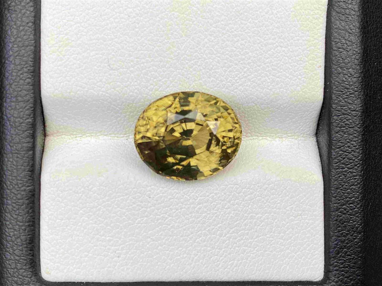 Natural Unheated Yellow Zircon 12.40 Cts Oval Cut Loose