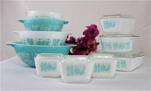 """Pyrex Turquoise """"Amish Butterprint"""" Pattern with"""