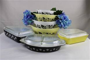 """Pyrex Yellow """"Goosberry & Snowflake"""" Pattern with"""