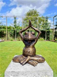 Meditating frog - Yoga statue - Bronze garden frog -