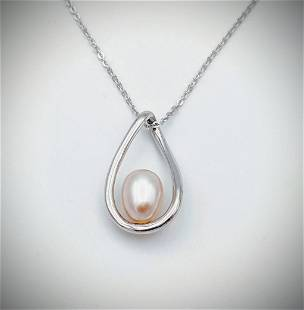 Sterling Silver Necklace w Champagne Pearl Pendant