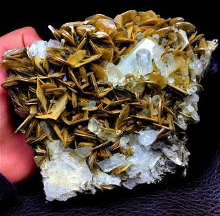 Natural Aquamarine Specimen From Pakistan - 1408 Gram -