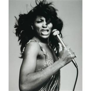 RICHARD AVEDON - Tina Turner
