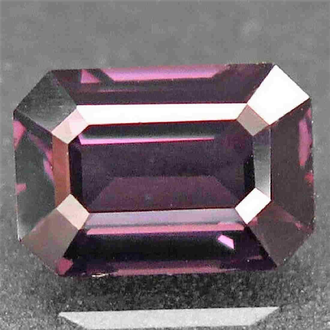 2,41 ct Natural Pink Purple Spinel 2,41 ct
