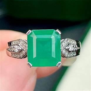 18K White Gold 3.6 ct Emerald & Diamond Ring