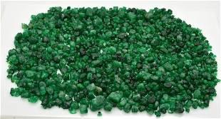 125 Grams Beautiful Rough Emerald
