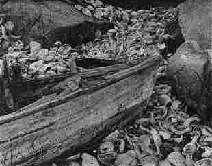 EDWARD WESTON - Boat with Abalone Shells, 1938
