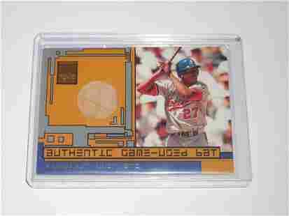2001 TOPPS RESERVE VLADIMIR GUERRERO GAME USED BAT CARD