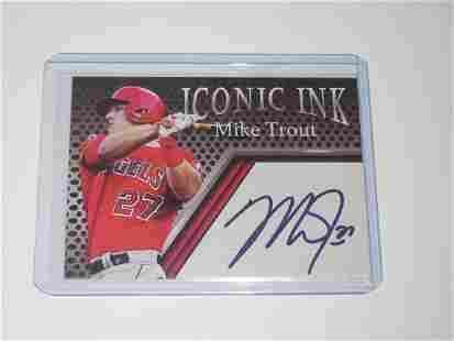 ACEO ICONIC INK MIKE TROUT FACSMILE AUTOGRAPH CARD