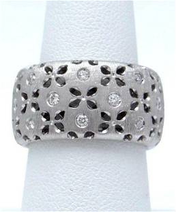18k WHITE GOLD ROBERTO COIN DIAMOND FLORAL CUT OUT
