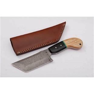 Skinner damascus steel knife hunting buffalo horn wood