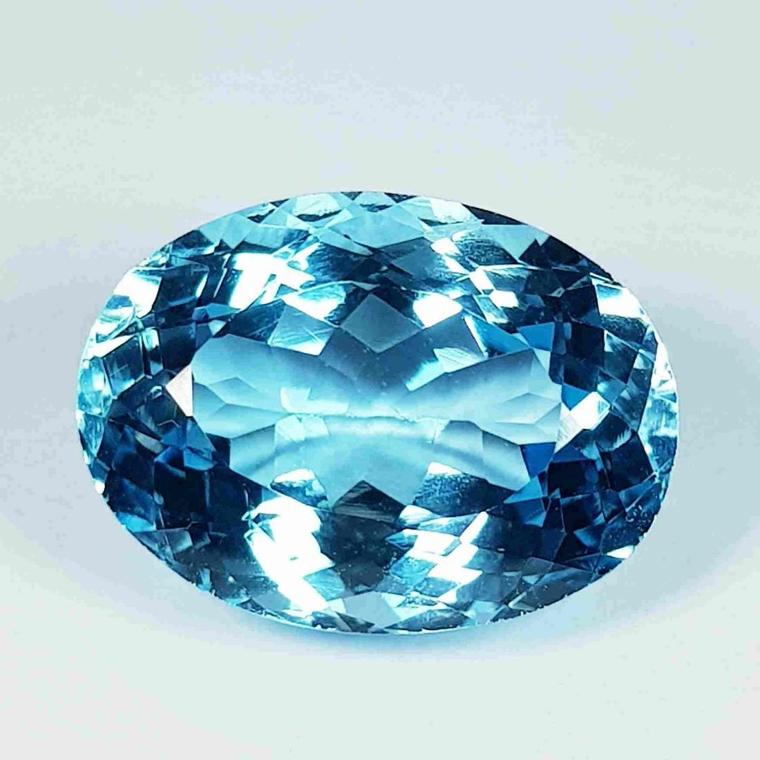 12.90 Ct Exclusive Gem Oval Cut Natural Blue Topaz