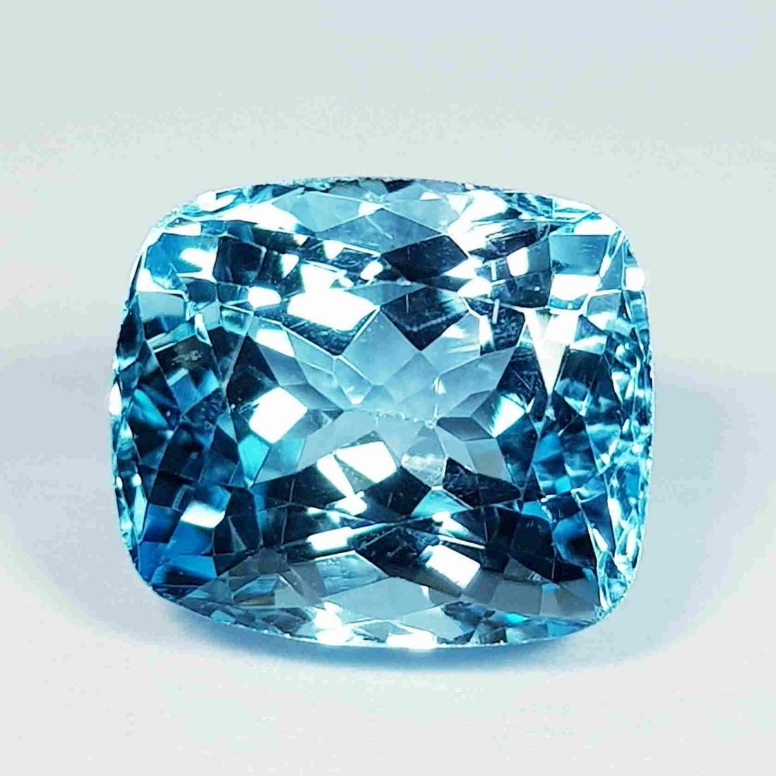 8.62 Ct Top Quality Gem Cushion Cut Natural Blue Topaz