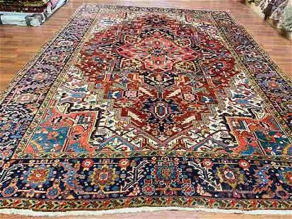 Antique Persian Heriz rug-4504