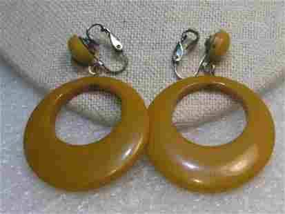 Butterscotch Bakelite Hoop Clip Earrings, 1940's, Stud