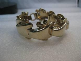 "Vintage Gold Wide Wave Link Bracelet, 8"", nearly 1"""