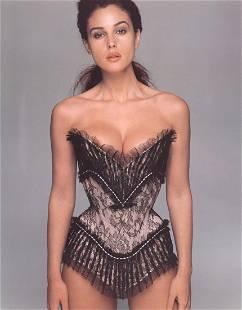 RICHARD AVEDON - Monica Bellucci, 1997