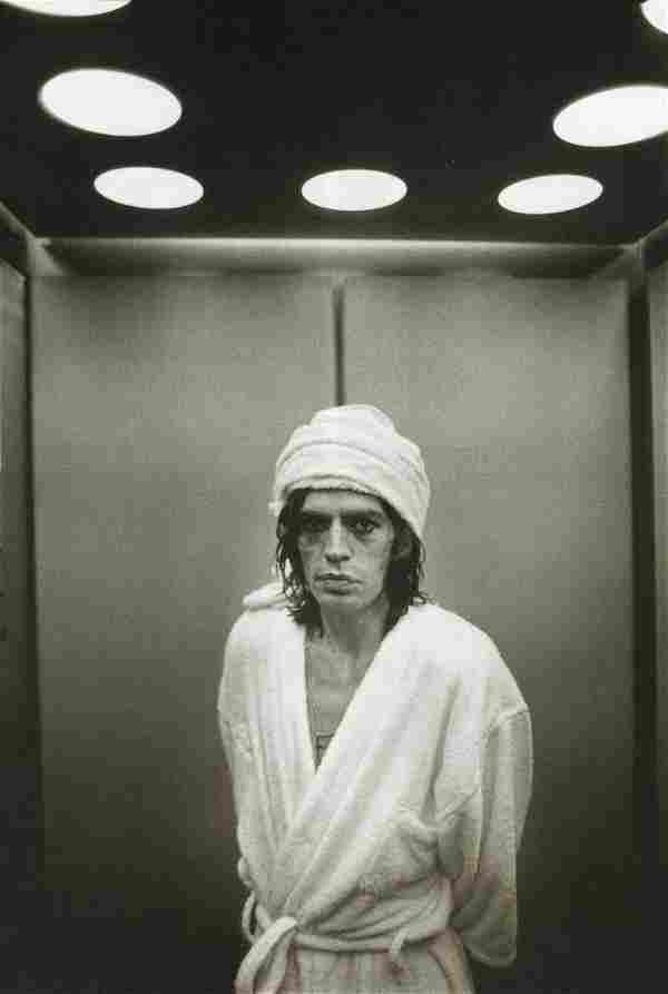 ANNIE LEIBOVITZ - Mick Jagger, Buffalo, NY, 1975