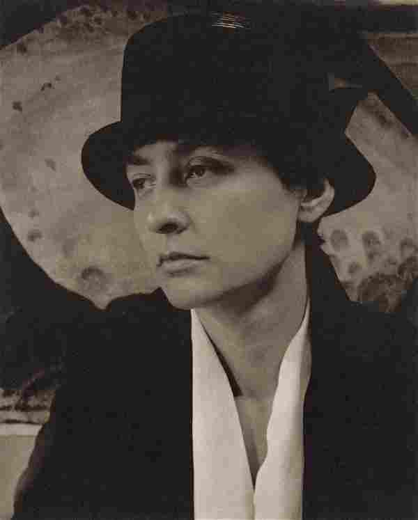ALFRED STIEGLITZ - Georgia O'Keeffe, 1918