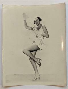 VINTAGE PUBLICITY PHOTO PRETTY FEMALE DANCER in COSTUME