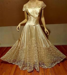 Vtg 1950 French Lace Wedding Gown silk shantung Train &