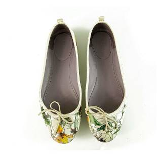 GUCCI White Mini Infinity Flora Leather Ballet Bow