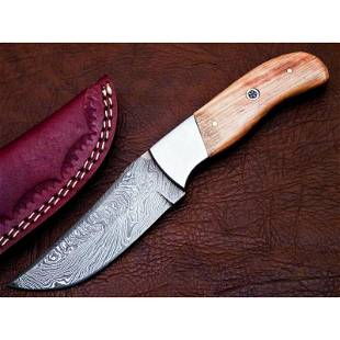 Full tang damascus steel knife hard wood brass