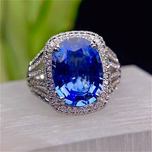 18K White Gold 5.21 ct Sapphire & Diamond Ring