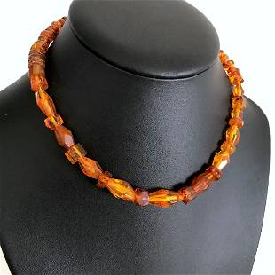Marvellous Unique Vintage Amber Necklace made from Hand