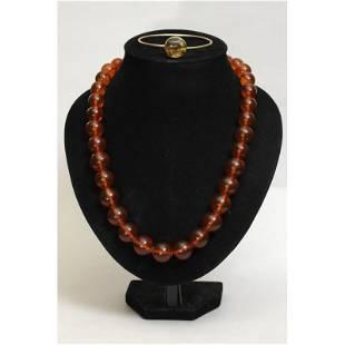 107 g. Natural vintage Baltic amber set of bracelet and