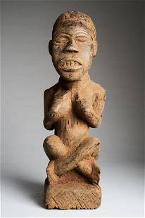 Female statue in Phemba position, Kongo people, DR