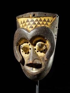 Ngeende head mask, Kuba people, DR Congo