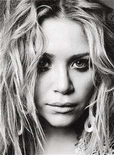 MARK ABRAHAMS - Mary Kate Olsen