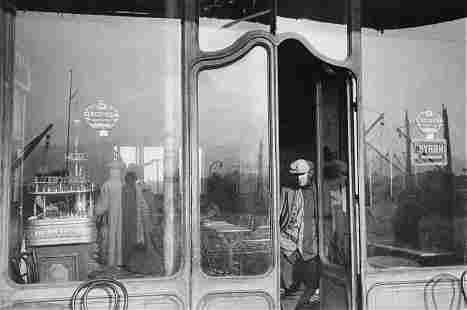 HENRI CARTIER-BRESSON - Old Port, Marseilles, 1932
