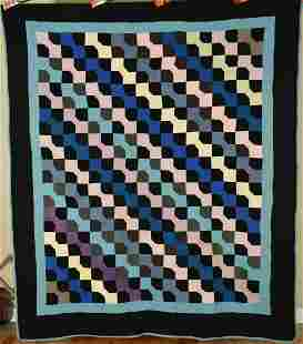 1920's Holmes County Amish Bowties Quilt