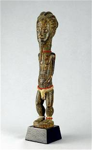Cute Baule Blolo Bian or Asie Usu statue figure African