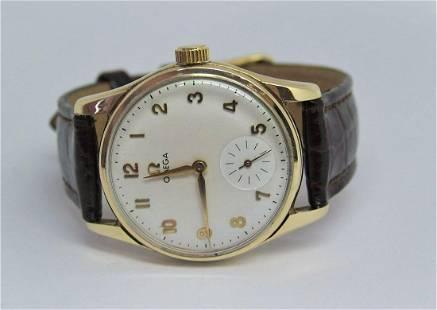 Vintage Solid 9k Gold OMEGA 17J Winding Watch 1950s Ref