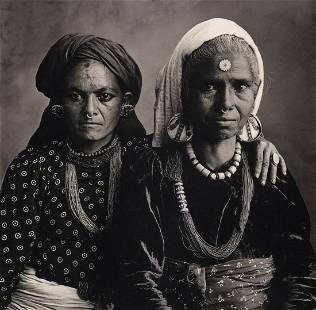 IRVING PENN - Two Women with Nose Rings, Nepal, 1967