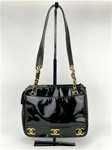 CHANEL 6 Cc Logo Black Patent Leather 24k Plated