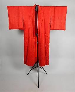 RED FLORAL SILK KIMONO